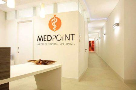 Empfangsbereich bei MEDPOINT in Wien