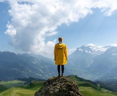 Welche guten Eigenschaften ein Damen-Regenmantel besitzen sollte