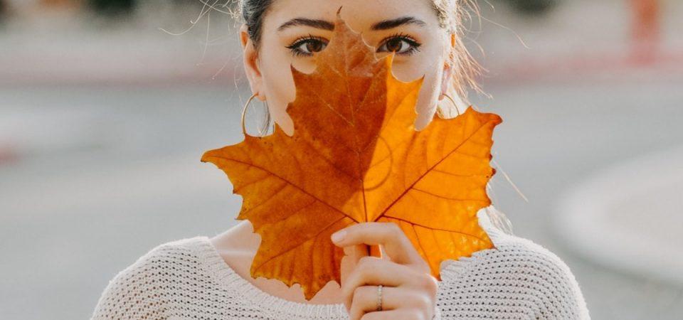 Hautpflege im Herbst – die besten Tipps zur Pflege der Haut in der Übergangszeit